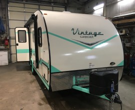 2017 Gulf Stream Vintage Criuser 19ERD Travel Trailer