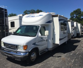 2006 Coachmen Concord 275DS Class B+ 2 Slides  26000 Miles