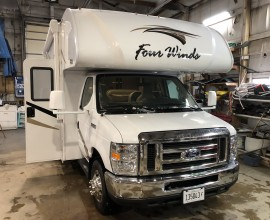2019 Fourwinds 22E { Sold }