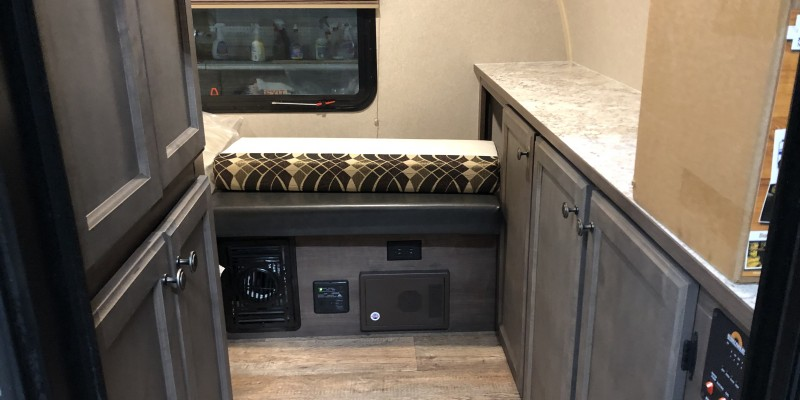 Used Travel Trailer >> 2020 Sunset Park RV Sunray 139 - 83RV Inc. - Chicagoland RV Dealer